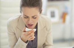 Erkältungswelle im Büro: So verhalten Sie sich während der kalten Jahreszeit richtig